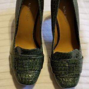 Women's Nine West Green Heels size 6M